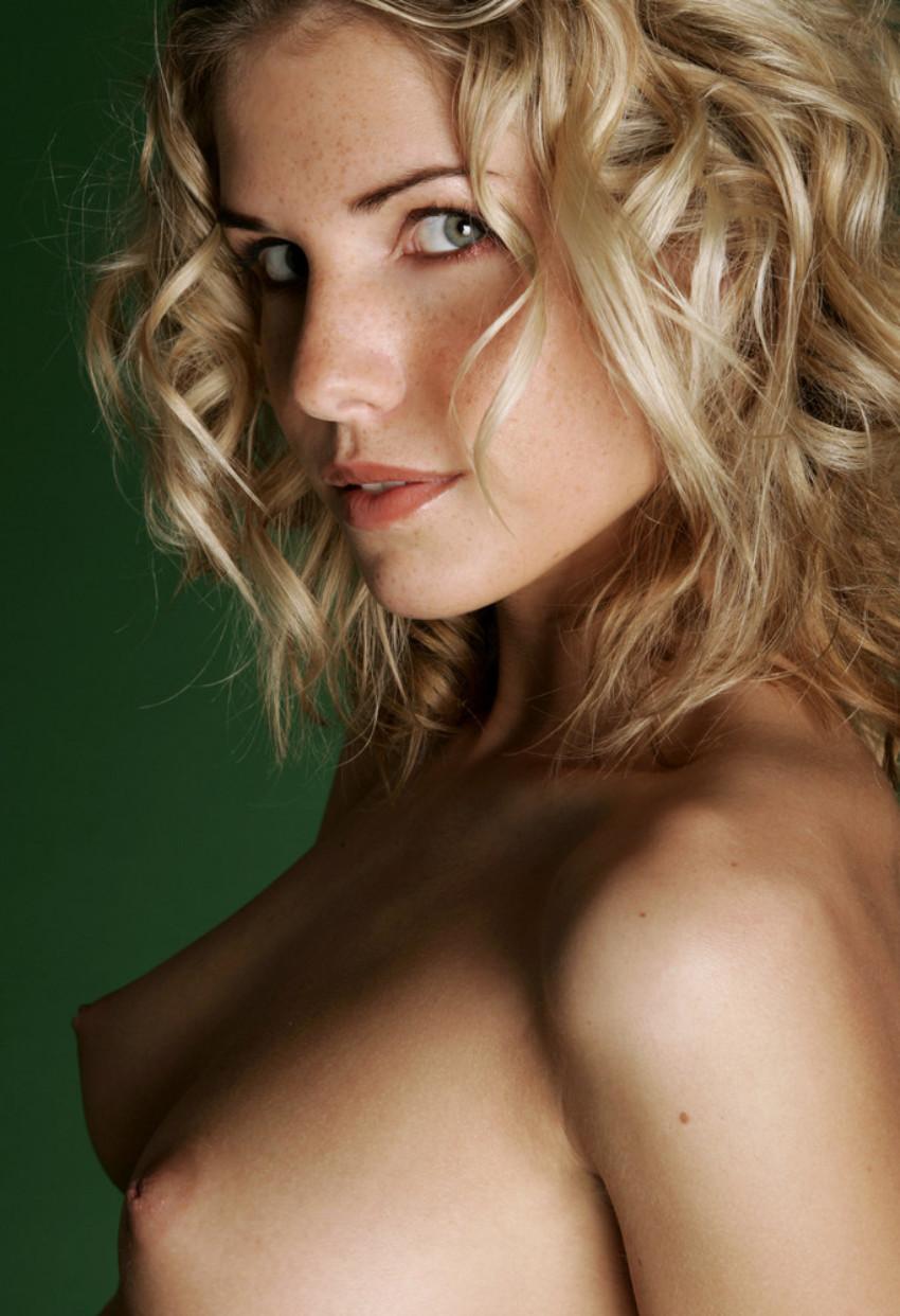 tumbling-blonde